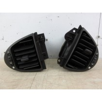 1998 Jaguar XJR V8 4.0 Dash Board Air Vents (Pair)