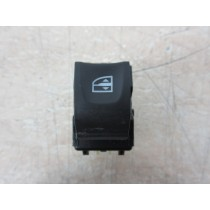2014 Renault Captur TCe 0.9 Passenger Front / Rear Door Window Switch Button