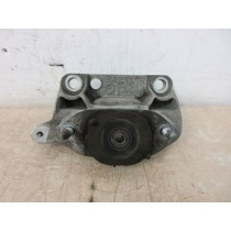 2014 Renault Twingo MK3 1.0 Drivers Offside Right Engine Mount Support